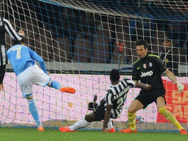 La Juventus s'est incliné lourdement sur la pelouse de Napoli