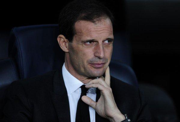 Coup de tonnerre Conte a démissionné et Allegri est le nouveau entraineur de la Juventus