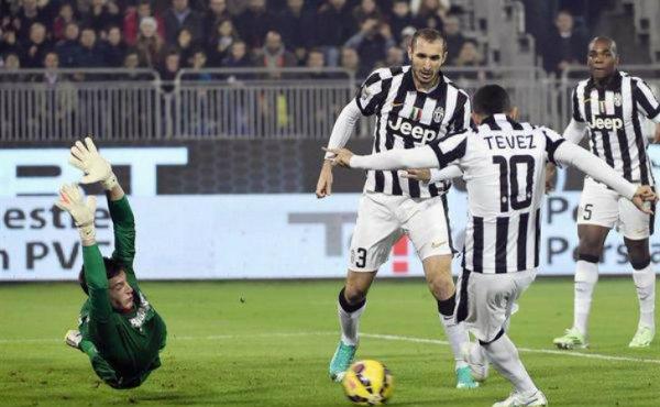 La Juventus termine bien l'année 2014 en s'imposant sur la pelouse de Cagliari.