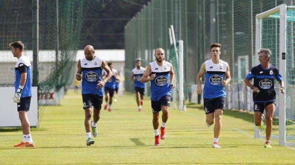 Voici l'entrainement de la reprise du Deportivo pour la saison 2015-2016 à venir.