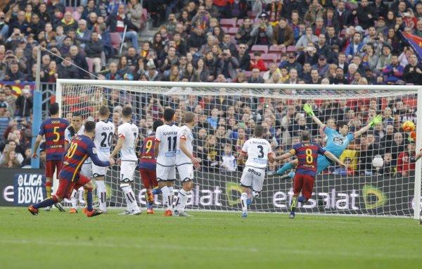Magnifique exploit du Deportivo qui a pu faire un bon match nul  à Barcelone Camp Nou.