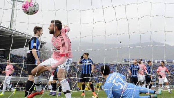 La Juventus reprend son rythme habituel en s'imposant sur la pelouse de l'Atalanta.