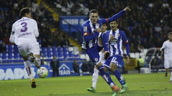 El Deportivo volvio a escapar la victoria al empatar contra el Malaga en Riazor.