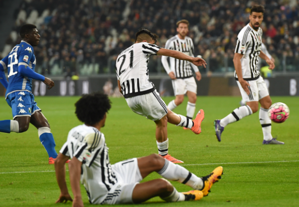 La Juventus a eu de la peine pour gagner à domicil contre l'équipe de Sassuolo.