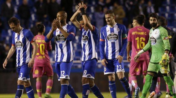 Dura derrota del Deportivo que perdio contra Las Palmas en el estadio de Riazor.