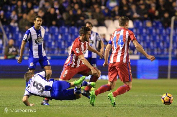 El Deportivo consiguio un punto vital a domicilio al empatar contra el Atlético de Madrid.