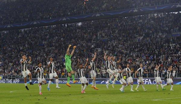 Magistral succès de la Juventus à domicil contre Barcelone pour la Champions League.