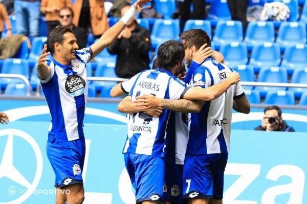 El Deportivo consiguio un triunfo vital y importante contra el equipo del Malaga.