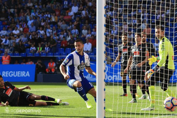 El Deportivo cayo injustamente en su proprio campo contra el Espanyol en Riazor.