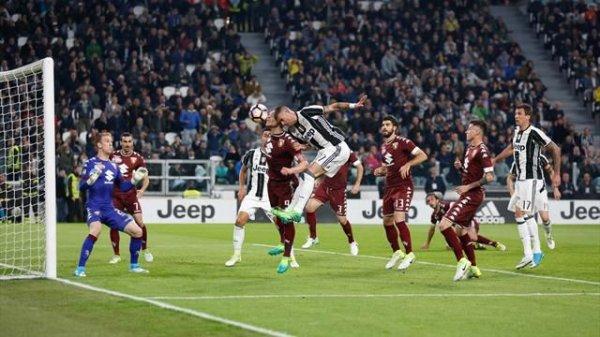 La Juventus a été tenu en échec à domicil contre le Torino pour le derby turinois.