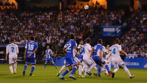 El Deportivo empezo mal en su estreno al perder a domicilo contra el Real Madrid.