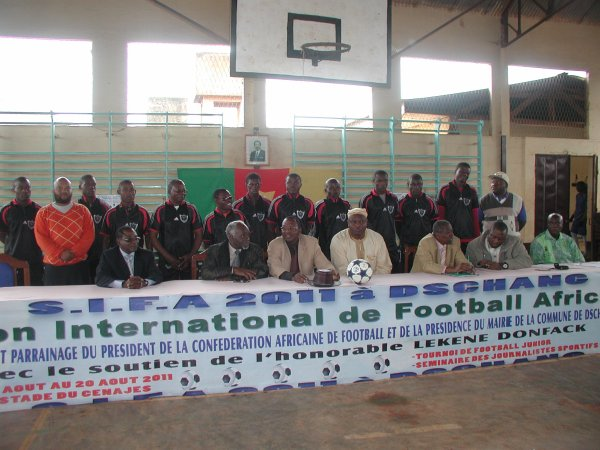 LANCEMENT A DSCHANG SAMEDI DU  3e SALON INTERNATIONAL DE FOOTBALL AFRICAIN