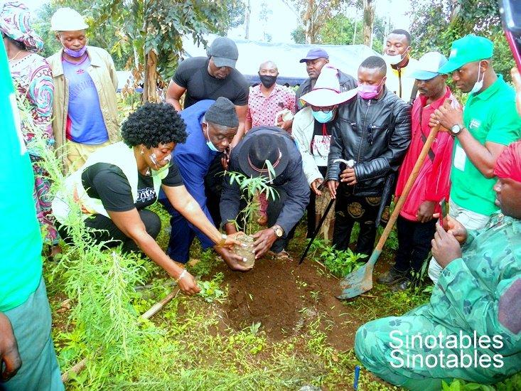 Université de Dschang - Honorable WA Mathurin Martial : Les temps forts du lancement d'une vaste campagne de restauration du Mont Bamboutos.