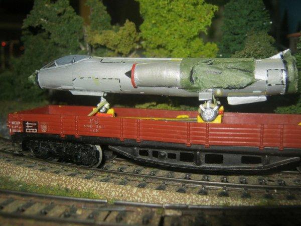 F-104 sur wagon - chargement terminé