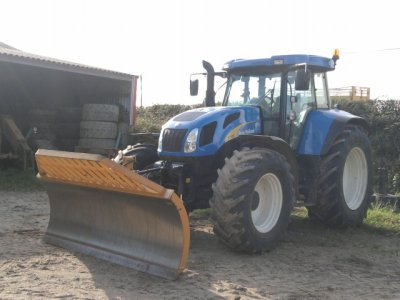 New Holland T7750