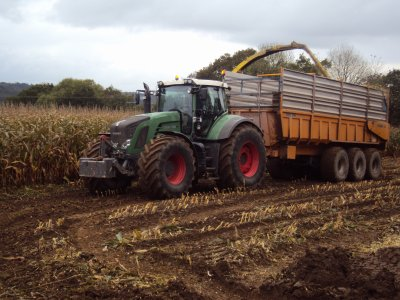 Fendt 936 avec Rolland Turbo 24