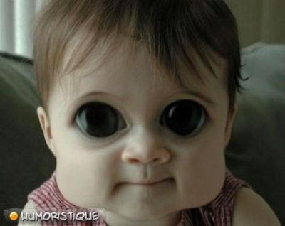 bebe aux yeux