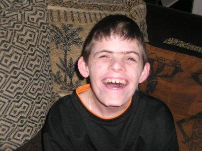 Qu'est ce que mon Handicap ? - Axel 18 ans handicapé syndrome de ...