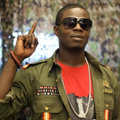 JJC, un jeune artiste d'origine Nigérienne avec un talent fou ! découvert au Sénégal