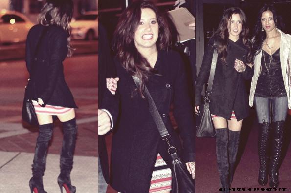 12 mars 2011 - ,Ashley a été aperçue sous la pluie quittant Studeo 55 à Vancouver.