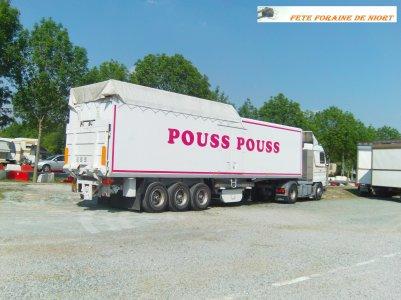 Love Pousse Pousse