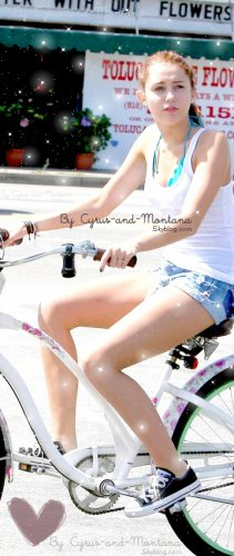 """"""" She's just being Miley ♪ ! """""""