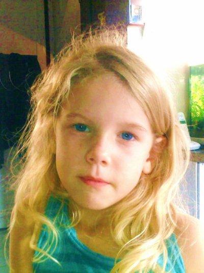 ma fille bientot sept ans oh lala que ca passe vite