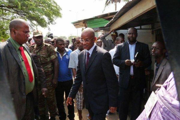 Départ du Président pour le domicile de DIALLO Mamadou à Cotonou
