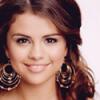Pretty-Selena