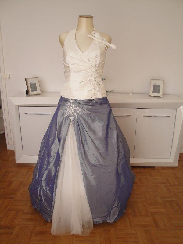 robe de mari e neuve avec etiquette complicit collection miss france blanc cass bleue t40 42. Black Bedroom Furniture Sets. Home Design Ideas