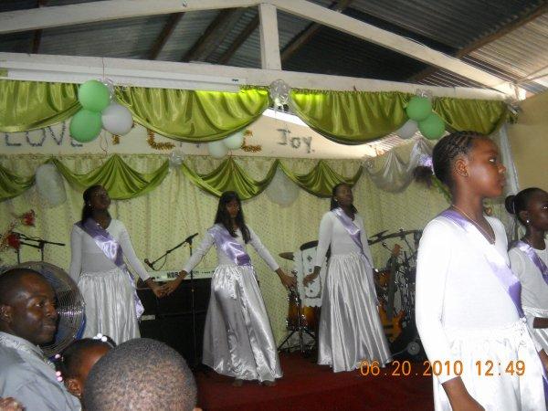 {¯`*·._ >* ★ *< _..·*'¯}*dance 4 jesusi {¯`*·._ >* ★ *< _..·*'¯}*
