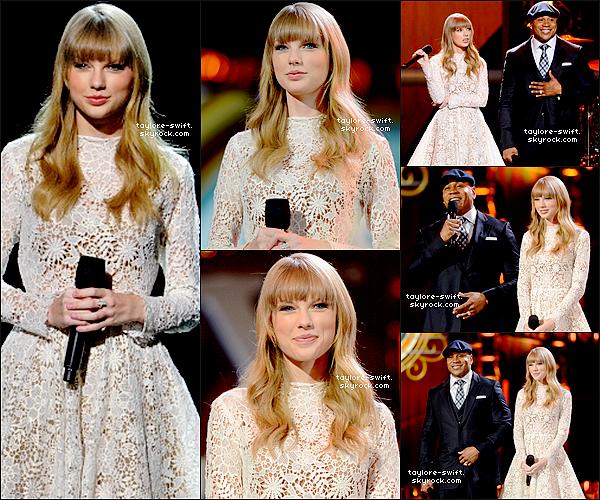. 05.12.2012 :  Notre ravissante Taylor était aux nominations des Grammy awards   2013.Vos avis? .