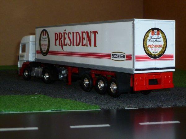 renault  R390 avec remorque frigo president