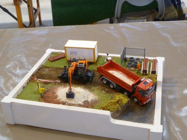 4 expo miniatures (mayenne)