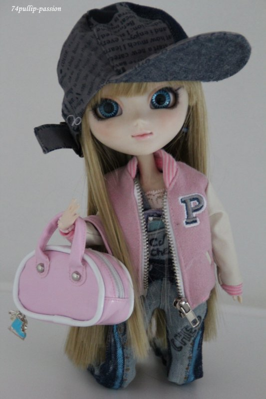 Pullip + Outfit