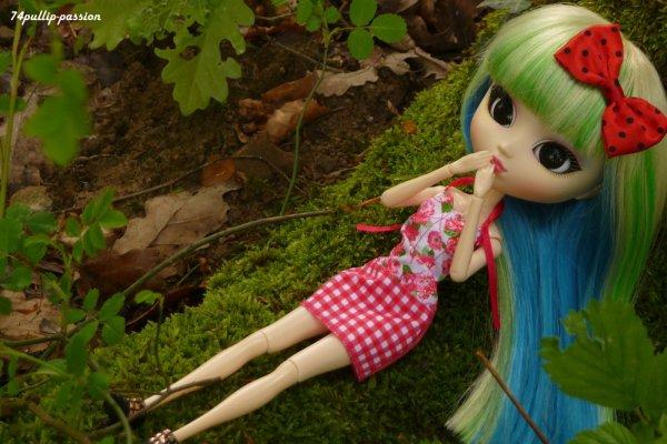 Alweena dans la nature ! (2)