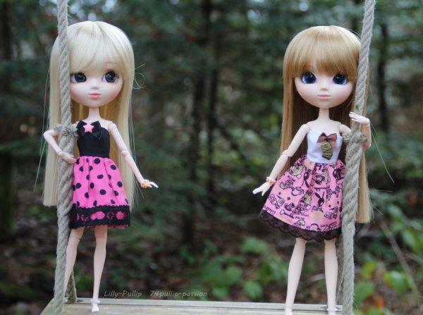 Jumelles en forêt !