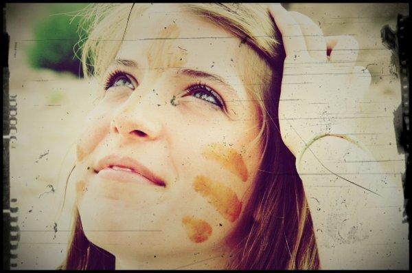 « Vieillir ensemble, ce n'est pas ajouter des années à la vie, mais de la vie aux années  » .. ♥  Sarah - Roumaaine - Célibataire.