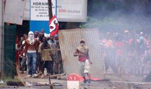 Mayotte : l'addition salée d'une mascarade politique