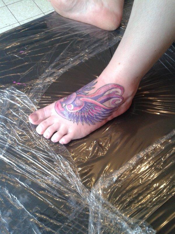 nouveau tattoo pied gauche