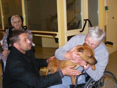 Visite en maison de retraite à Plougastel le mardi 3 mai 2011     '2)