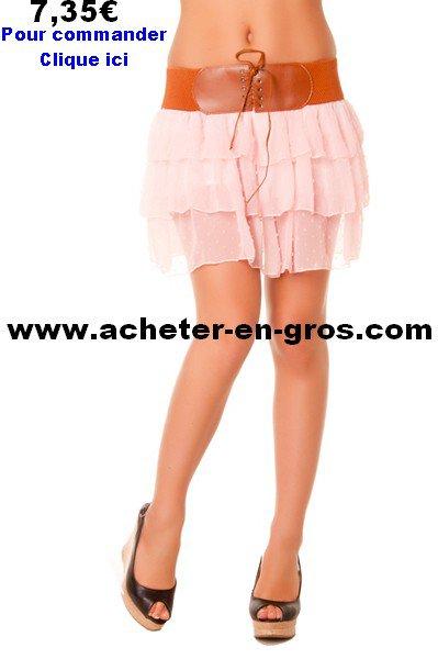 Jolie jupe avec ceinture intégrée. La mode femme à moindre coût.