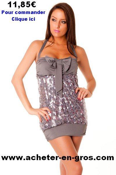 Superbe robe de soirée dos nu avec sequins. Les tendances femme du net.