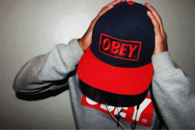 """Moi en mode """" OBEY """""""