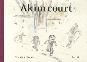 Akim court -> Claude  K. Dubois