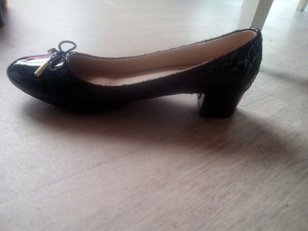 Chaussure neuve taille 37