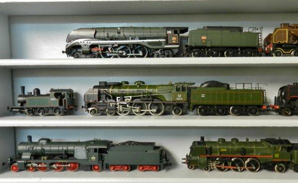 Mon réseau - Une étagère pour mes locos à vapeur (2)