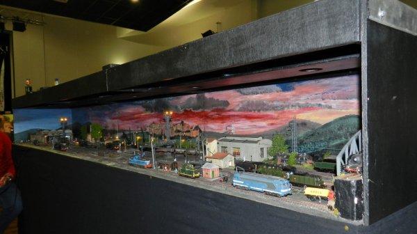 Ma visite à Tergnier Model'Expo 2016 - Un dépôt la nuit (2)