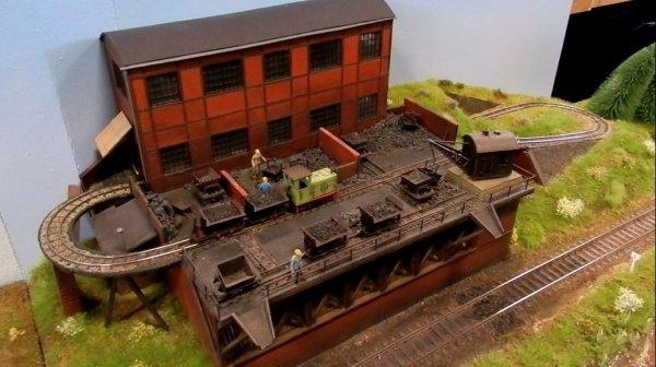 Ma visite à Tergnier Model'Expo 2016 - Petite usine à charbon(1)