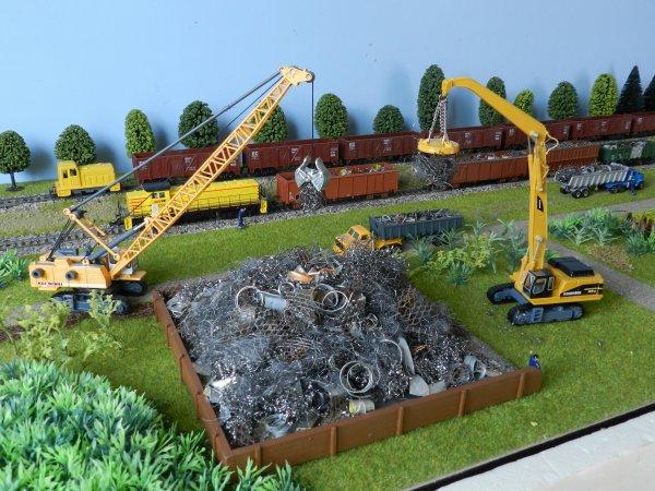 Mon réseau - Un entrepôt pour la ferraille (4)